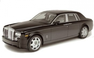 New York City, NYC VIP Luxury Sedan Car Rolls Royce Phantom chauffeured rental, hire with a driver